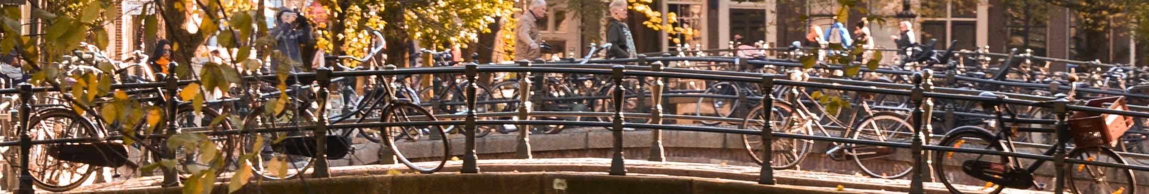 Amsterdam Claudia Lorusso Unsplash